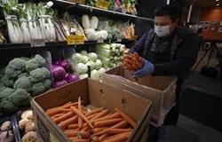 Lý do giới khoa học vẫn chưa cảnh báo về virus Corona trên thực phẩm