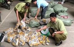 Lạng Sơn chặn đứng 12.000 chân gà nhập lậu
